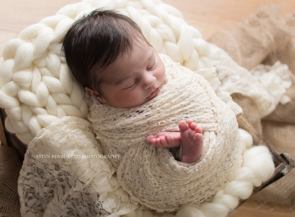 Astin-Benedetto-Photography-Morris-County-NJ-Newborn-Photographer-Baby-girl-rustic-lace-knit-blanket-sleeping