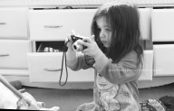 Astin Benedetto Photography-Warren County Child Photographer-girl with camera